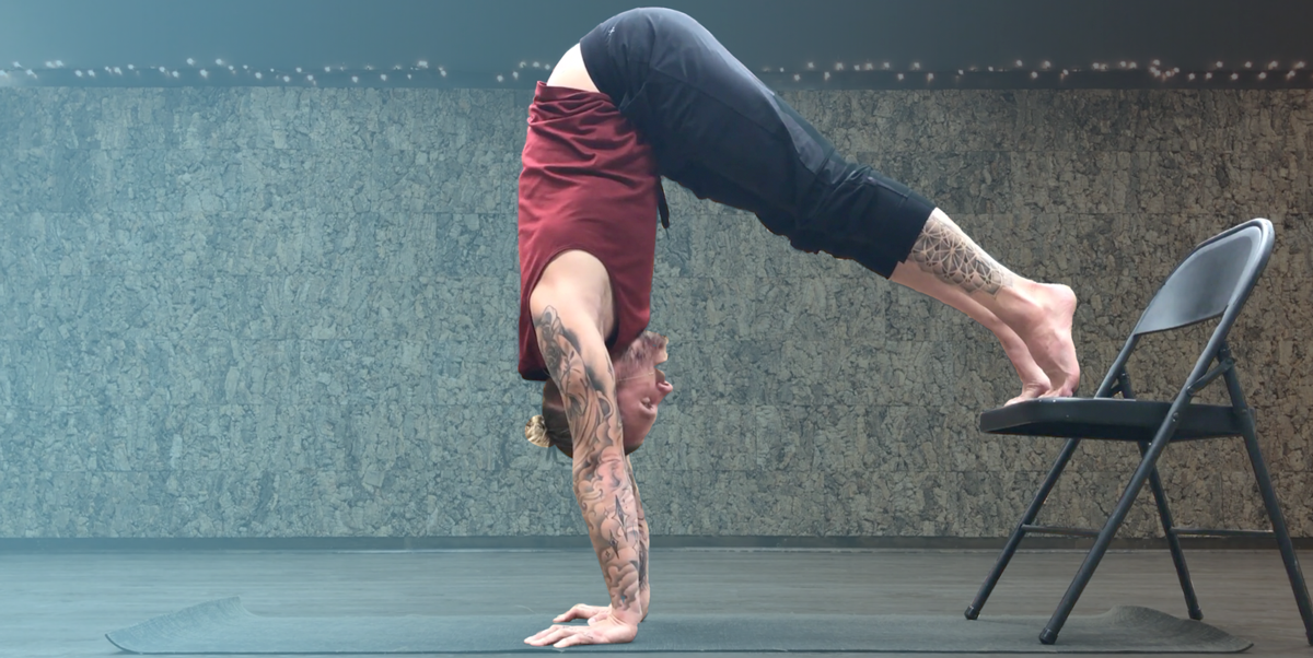 How to do a Handstand Blog Cover
